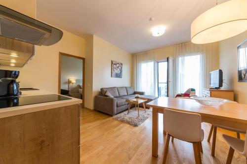 . Solar Apartments - Foorum Centre