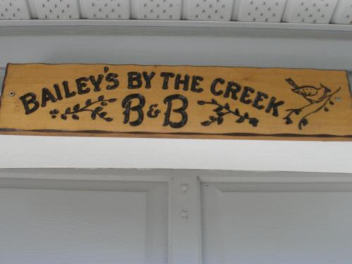 Baileys By The Creek Bed & Breakfast - Photo 2 of 8