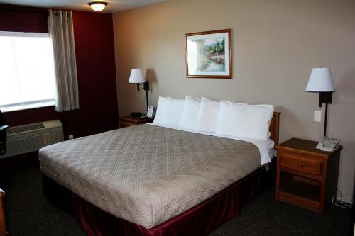 . Capri Inn & Suites - Beatrice