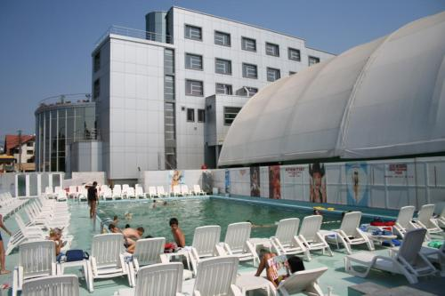 . Hotel Zytto by Razvan Rat
