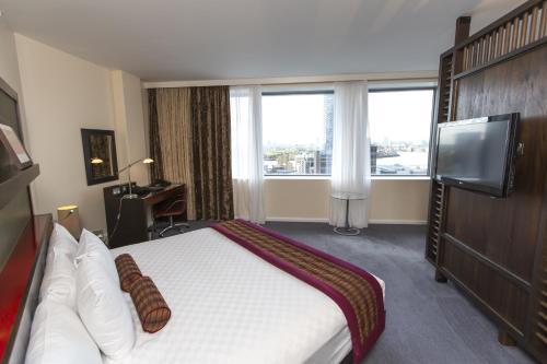 Hilton London Canary Wharf - image 10