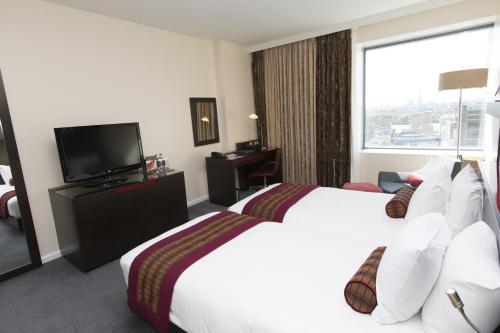 Hilton London Canary Wharf - image 14