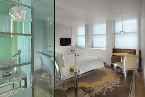 50 Berners St, London W1T 3NG, England.