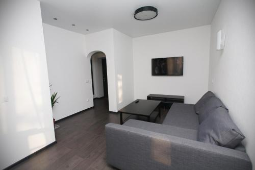 . Meretskova Apartment