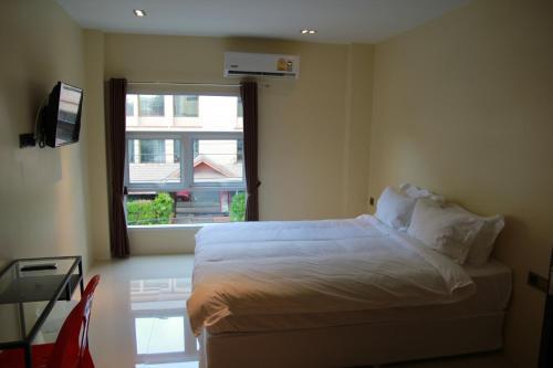 Au Bon Hostel photo 14