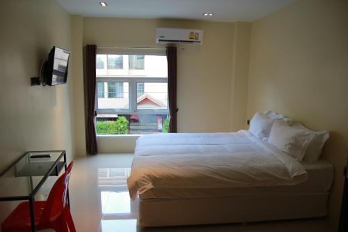 Au Bon Hostel photo 16
