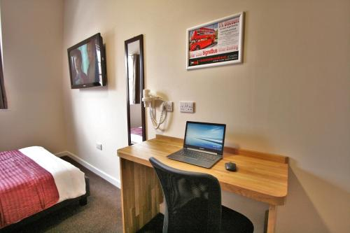 Central Hotel Gloucester By Roomsbooked - Photo 3 of 25