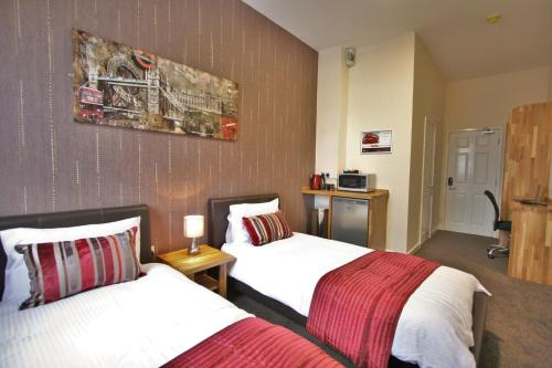 Central Hotel Gloucester By Roomsbooked - Photo 7 of 25