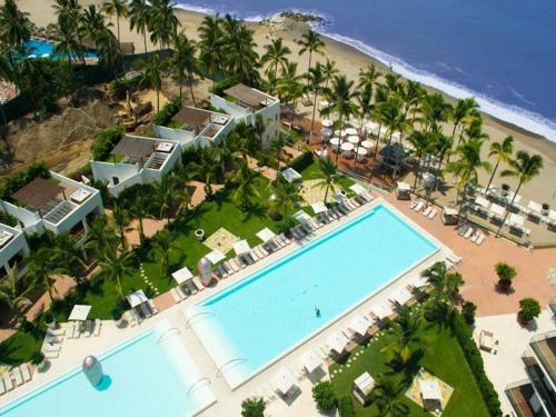 HotelUnlimited Luxury Villas Puerto Vallarta