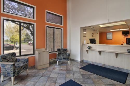 Motel 6 Minneapolis South - Lakeville - Lakeville, MN 55044