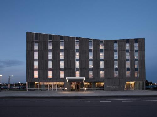 . Aalborg Airport Hotel