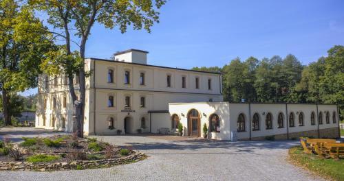 . Hotel Stary Młyn