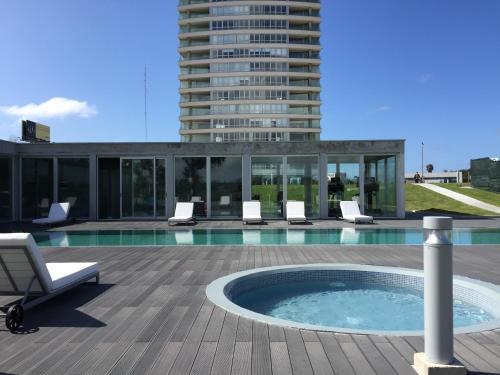 . Faros de Carrasco Apartments