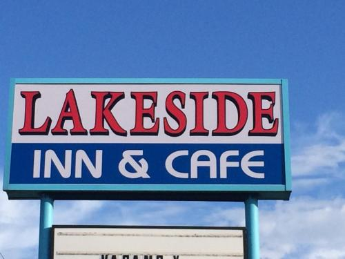 Lakeside Inn and Cafe