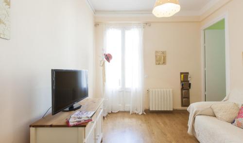 Always Barcelona Apartments - Montjuic photo 3