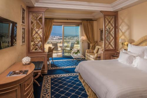 Rome Cavalieri, A Waldorf Astoria Resort photo 8