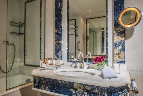 Rome Cavalieri, A Waldorf Astoria Hotel - image 5