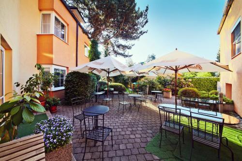 . Hotel Tulipan Pruhonice