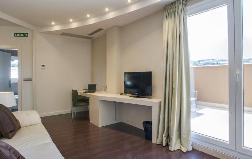 Suite with Terrace Hotel Rural Valdorba 13