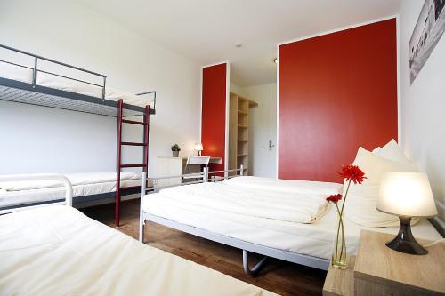 Happy Bed Hostel photo 31