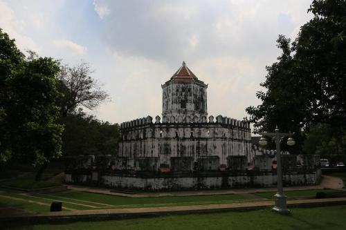 Riva Surya Bangkok photo 21
