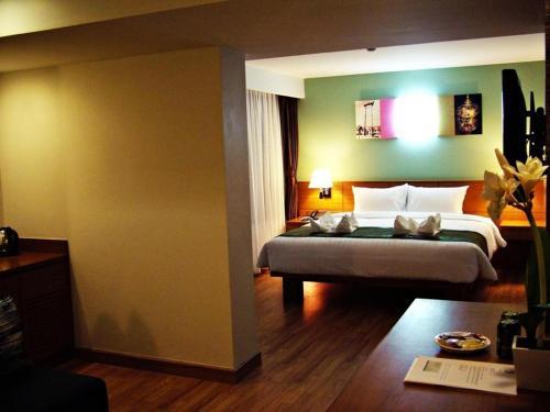 Nouvo City Hotel photo 16
