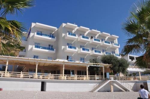 Фото отеля Coral Hotel & Resort