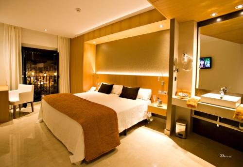 Superior Double Room with Spa Bath Hotel Barrameda 11