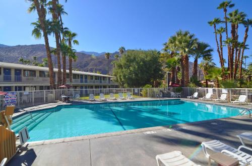 Motel 6 Palm Springs East - Palm Springs, CA 92264