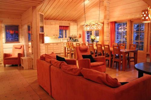 Vuosselin Kruunu - Hotel - Ruka