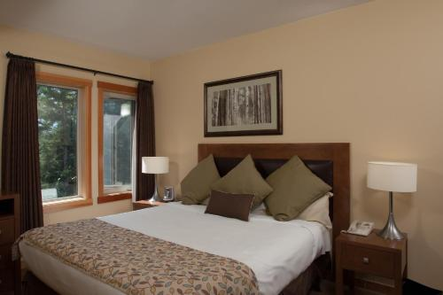 Lodges At Canmore - Photo 3 of 26
