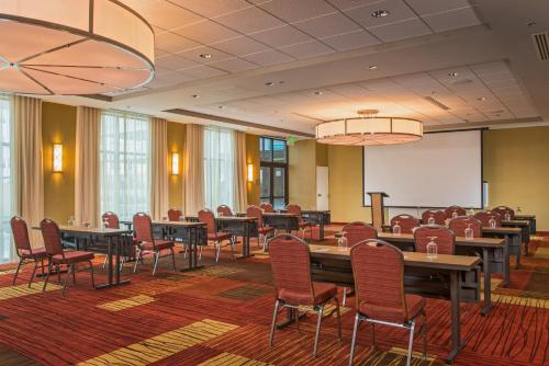 Courtyard By Marriott Glassboro-Rowan University - Glassboro, NJ 08028