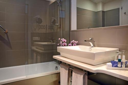 Doppelzimmer mit Meerblick Hotel Sant Roc 10