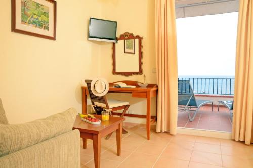 Superior Doppelzimmer mit Meerblick Hotel Sant Roc 9