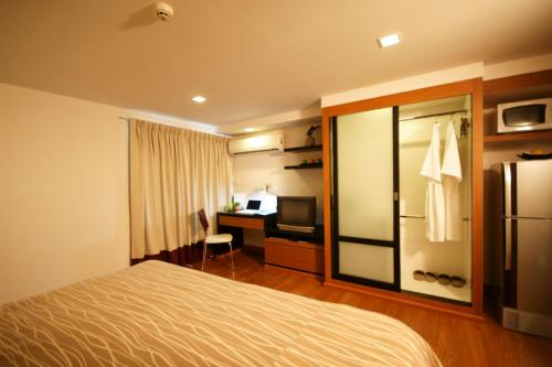 I Residence Hotel Sathorn photo 9