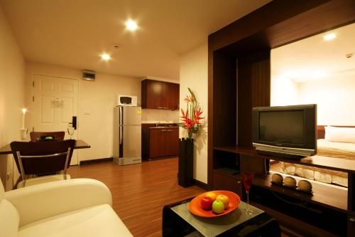 I Residence Hotel Sathorn photo 14