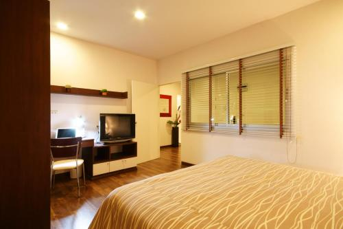 I Residence Hotel Sathorn photo 18