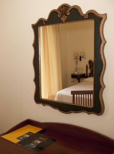 Standard Doppelzimmer Hotel Sant Roc 12