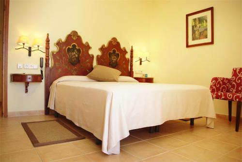 Standard Doppelzimmer Hotel Sant Roc 7