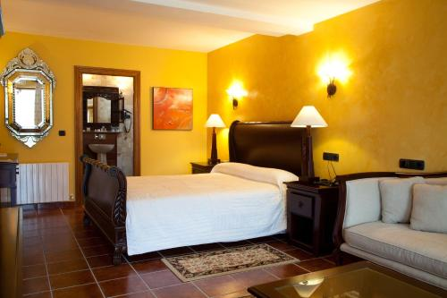 Suite Hôtel & Spa Etxegana, The Originals Relais (Relais du Silence) 1