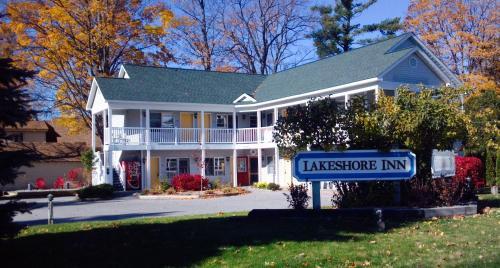 Empire Lakeshore Inn