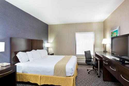 Holiday Inn Express & Suites Burlington - Mount Holly - Mount Holly, NJ 08060