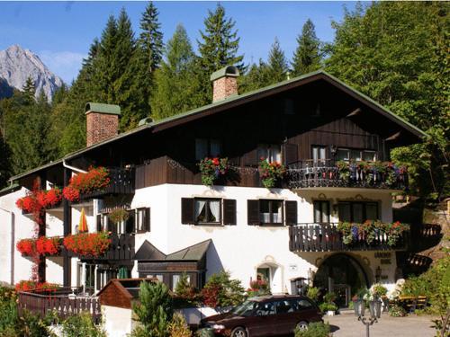 . Gästehaus Lärchenhang
