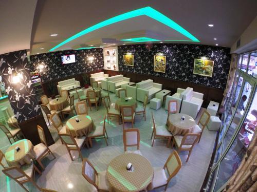 Фото отеля Hotel Ideal