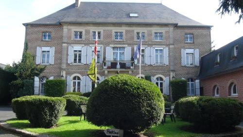 . Logis Le Clos du Montvinage Rest. Auberge Val De l'Oise