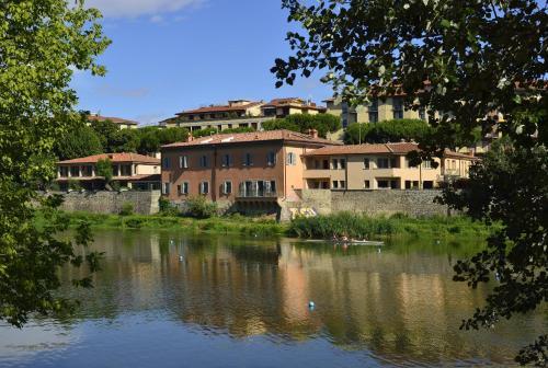 Lungarno C. Colombo, 5, Florence, 50136, Tuscany, Italy