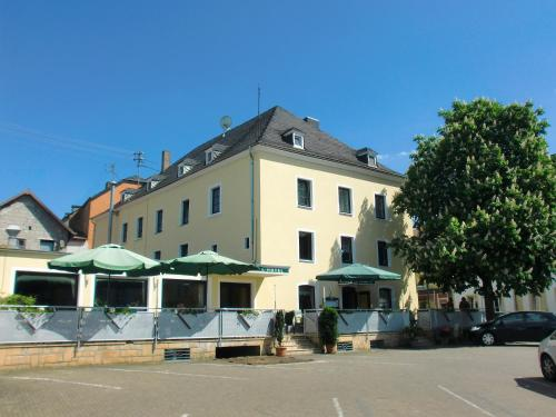 . Central-Hotel Greiveldinger