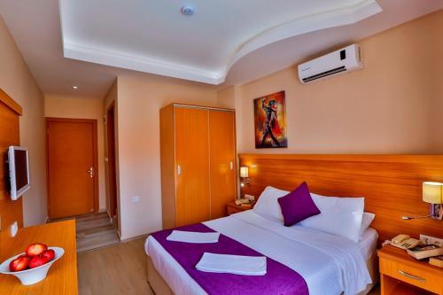 Фото отеля Golden Life Resort Hotel & Spa