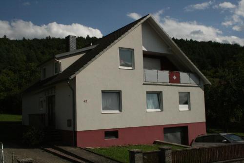 . Ferienwohnung Haus Rosa