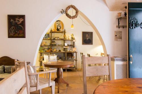 Carrer de Sant Cristòfol, 2, 07760 Ciutadella de Menorca, Illes Balears, Spain.